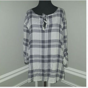 BB Dakota Gray Plaid Tie Front 3/4 Sleeve Blouse
